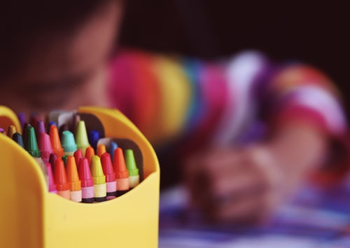 Guide: Find det bedste aktivitetslegetøj til dit barn